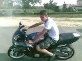 Regis burnout moto