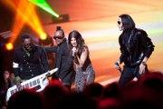 Black Eyed Peas - Meet me halfway - NRJ Music Awards 2010