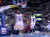 Deron Williams throws an amazing pass to Carlos Boozer, who