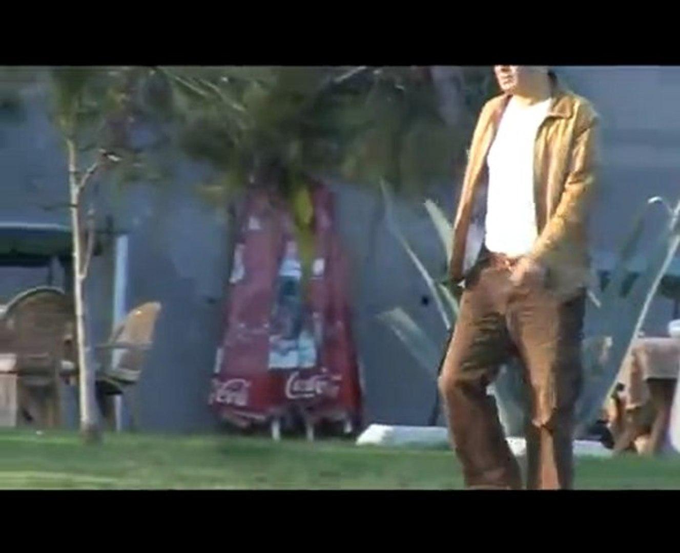 Murat Yaman - Garip Biriyim [Yeni Klip 2010] H.Q.