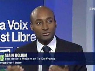 """Alain Dolium dans l'émission """"La voix est libre"""""""