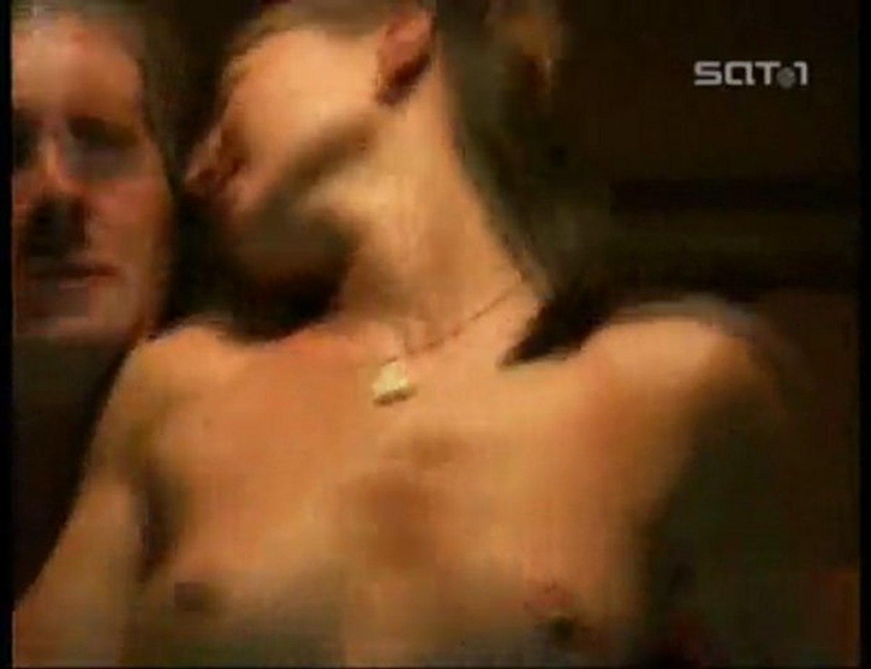 Foxx mother and daugher porn
