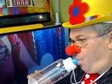 le FOU clownesque l'oiseau rare !! et bé il est beau le gars