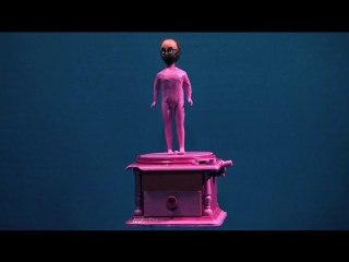 l'homme en rose III