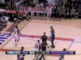 Steve Nash finds Amar'e Stoudemire with an alley-oop pass an
