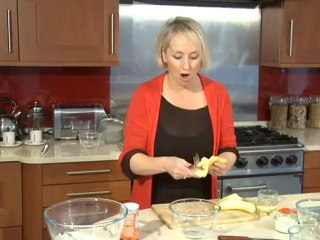 Lesley Waters makes fruitful muffins