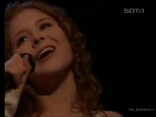 Renee Olstead - Taking A Chance On Love