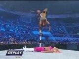 Eve Torres w Cryme Tyme vs Natalya w Hart Dynasty