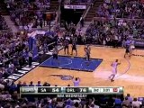 Vince Carter tosses a nice alley-oop to Dwight Howard