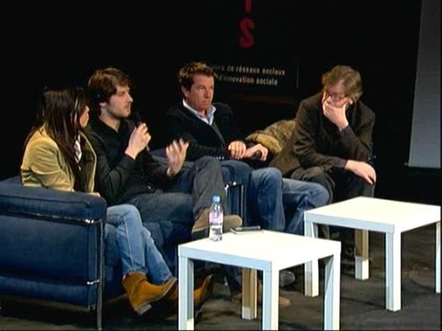 PARIS 2.0. COMMUNICATION La participation  (Transmedia lab)