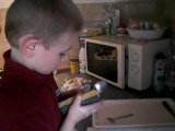 mattéo fait la vaisselle 1