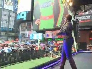 Mary J. Blige Kicks Off Spring with Degree Women Natureffect