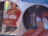 Ma valise contenant 32 DVD de Michael Jackson The Ultimate Collection