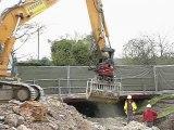Milly-sur-Thérain ; le pont dangereux est détruit