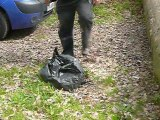 haute-Epine ; les sacs poubelles jetés en forêt
