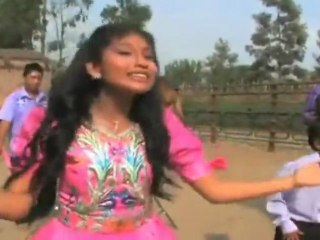 Wendy Sulca y Otros - En Tus Tierras Bailaré (Video Oficial)