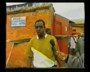 """W. Munyeshyaka évoque la """"technique du serpent"""""""