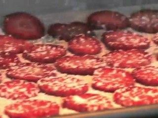 Strawberry Crisps - Food Mob Bites