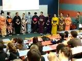 Défilé de tenues traditionnelles Japonaises à Japan galaxy