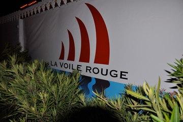 SETE - 2010 - La voile rouge à réouvert ses portes à Séte