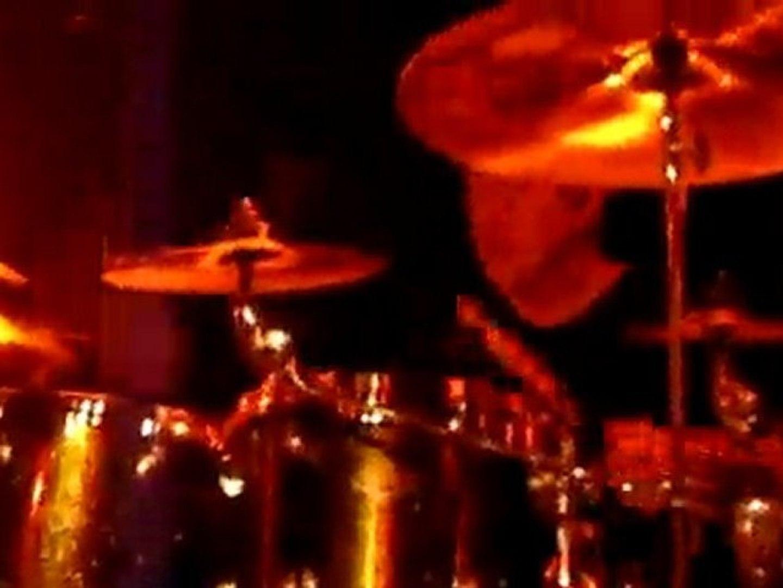 deftones -live at la boule noire,paris,10/05/2010-