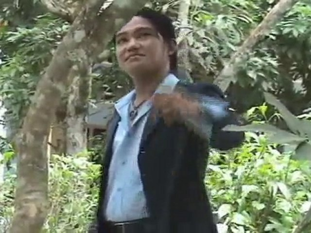 HOA TRANG THOI CAI TREN AO TIM thanh thanh hien thanh cuong   Godialy.com