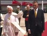 Benedict al XVI-lea: M-am rugat pentru întreaga lume