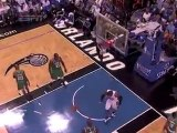Dwight Howard gets the pass from Matt Barnes and throws down