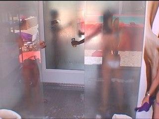 1ère douche entre filles