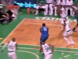 Dwight Howard gets the feed from Jameer Nelson and throws do