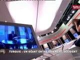 PAROLES DU MONDE,Témoin du monde: Johnny Clegg, musicien sud-africain