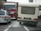 Course poursuite avec une caravane - Video Course poursuite