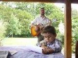 La chanson du samedi: bonne fête papa (bisou câlinou)