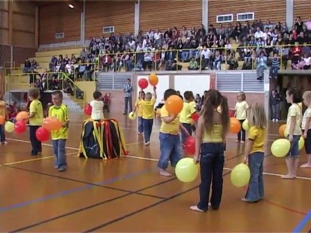 Spectacle école maternelle 2010