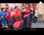 Spain: Clashes in Bilbao between police and... - no comment