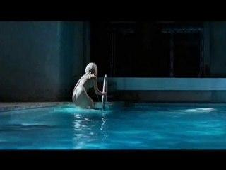 L'Autre Monde extrait piscine (Louise Bourgoin nue !)