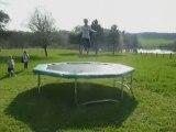 Trampoline France Trampoline : Salto sur un trampoline