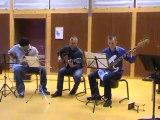 526 : Rock : Trio guitare electrique, basse et classique