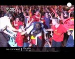 Spaniards celebrate World Cup victory - no comment