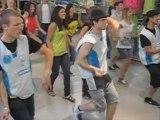 Un flashmob danse à Decathlon Bailleul