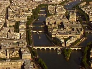Paris vu du Ciel de Yann Arthus-Bertrand