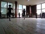 İddialı Kafkas Dansı ve Dansçıları
