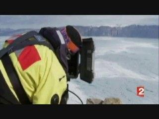 Un glacier géant se détache du Groenland