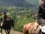 Randonnée à cheval Ariège Pyrénées avec Les longues pistes