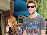SNTV - Miley Cyrus jokes with the paps.