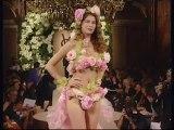 Yves Saint Laurent - l'amour fou (2010) Trailer