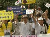 South Koreans Protest Rice Aid to North