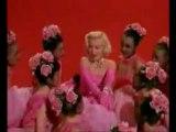 Marilyn Monroe-Diamonds Are A Girl's Best Friend