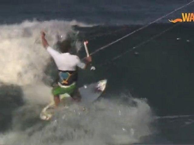 WAPALA Mag N°15: Surf au Mozambique, Roundhouse Nike 6.0