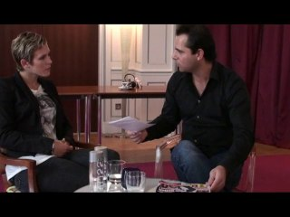 Lorie se prend la tête avec un journaliste d'InfosJeunes